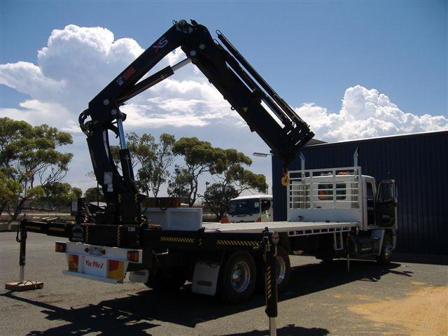 crane truck rear